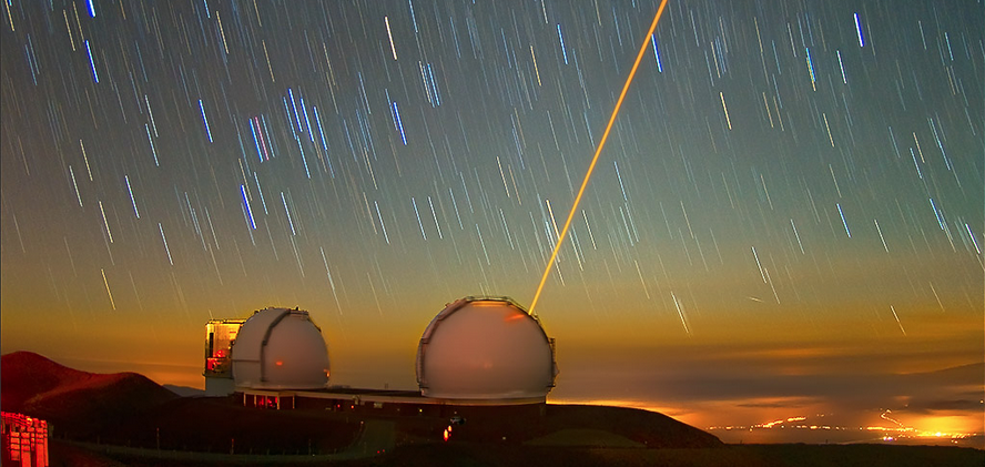 Keck laser guide star is seen against the rotating sky